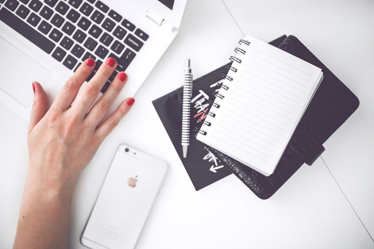 equipa interna ou agência de comunicação agência Trabalhar internamente a comunicação da sua empresa ou optar por uma agência de comunicação? equipa interna ou ag  ncia de comunica    o 1200x800
